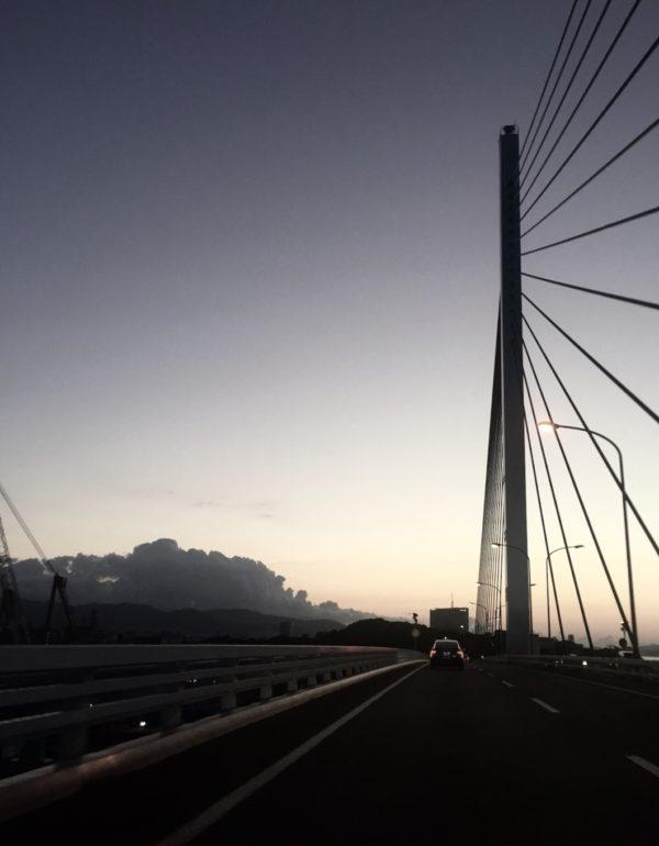 荒津大橋 osatokyo